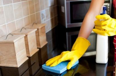 طريقة تنظيف المطبخ و ترتيبه